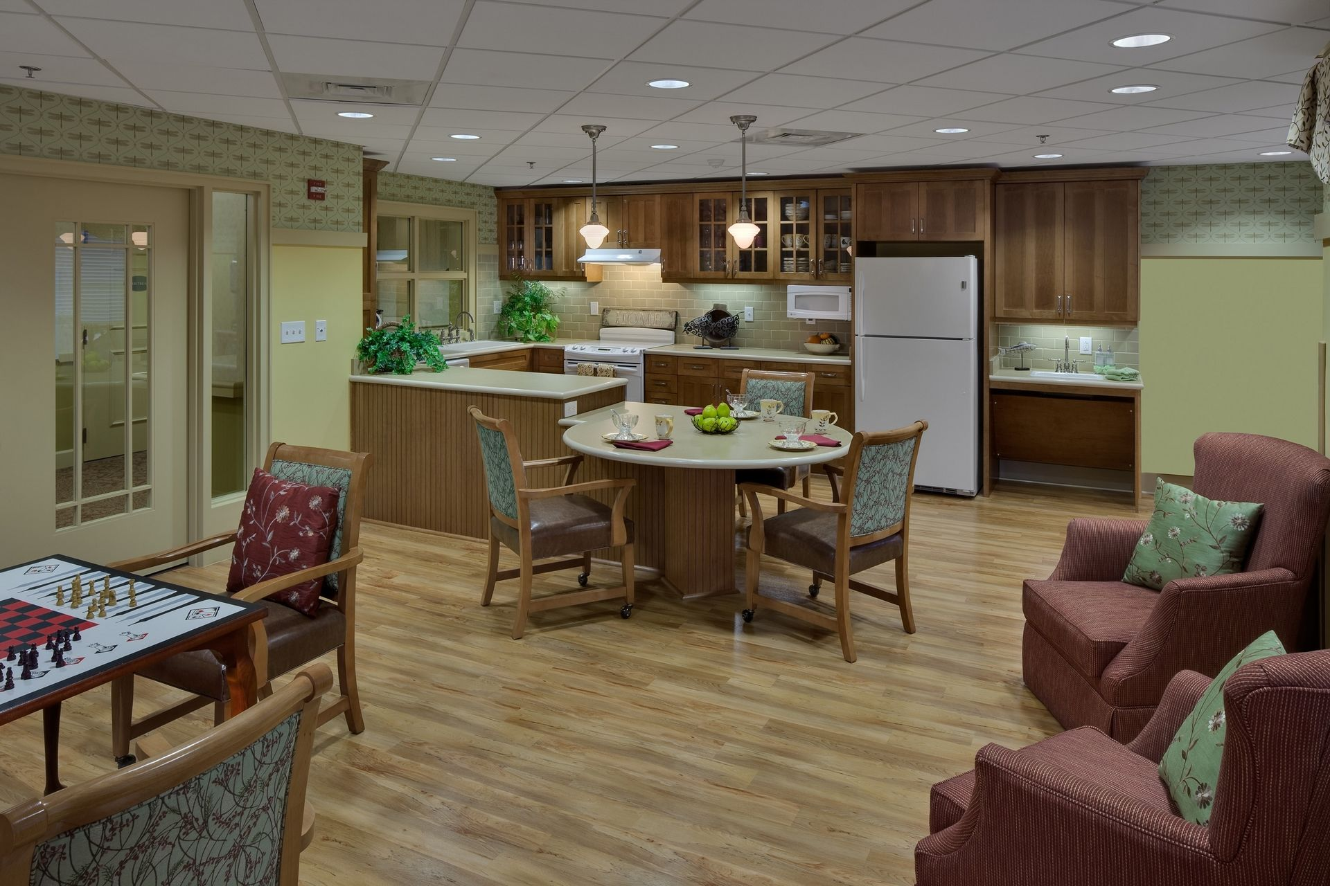 Deerfield Episcopal Retirement Community, Asheville, CCRC Design Senior Living THW Country Kitchen