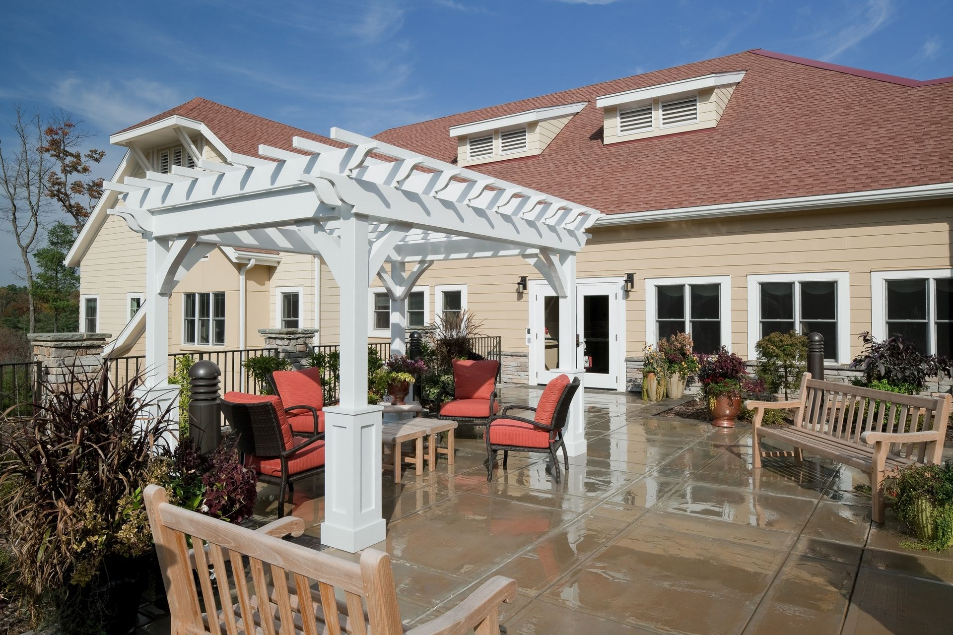 Deerfield Episcopal Retirement Community, Asheville, CCRC Design Senior Living THW Skilled Nursing Terrace