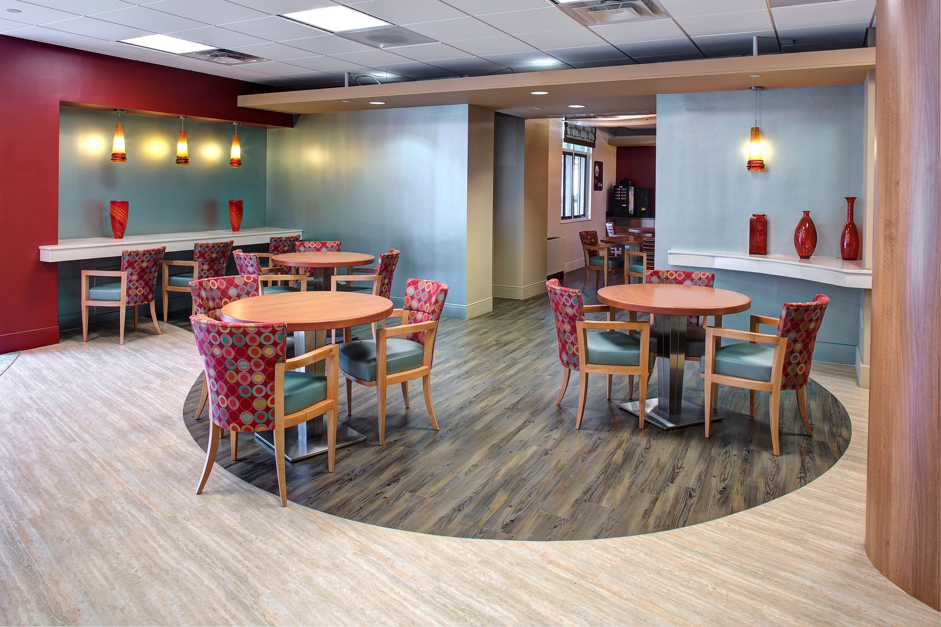 Wasserman Residence Physical Therapy/Rehabilitation Center Senior Living Healthcare Design Cafe Seating