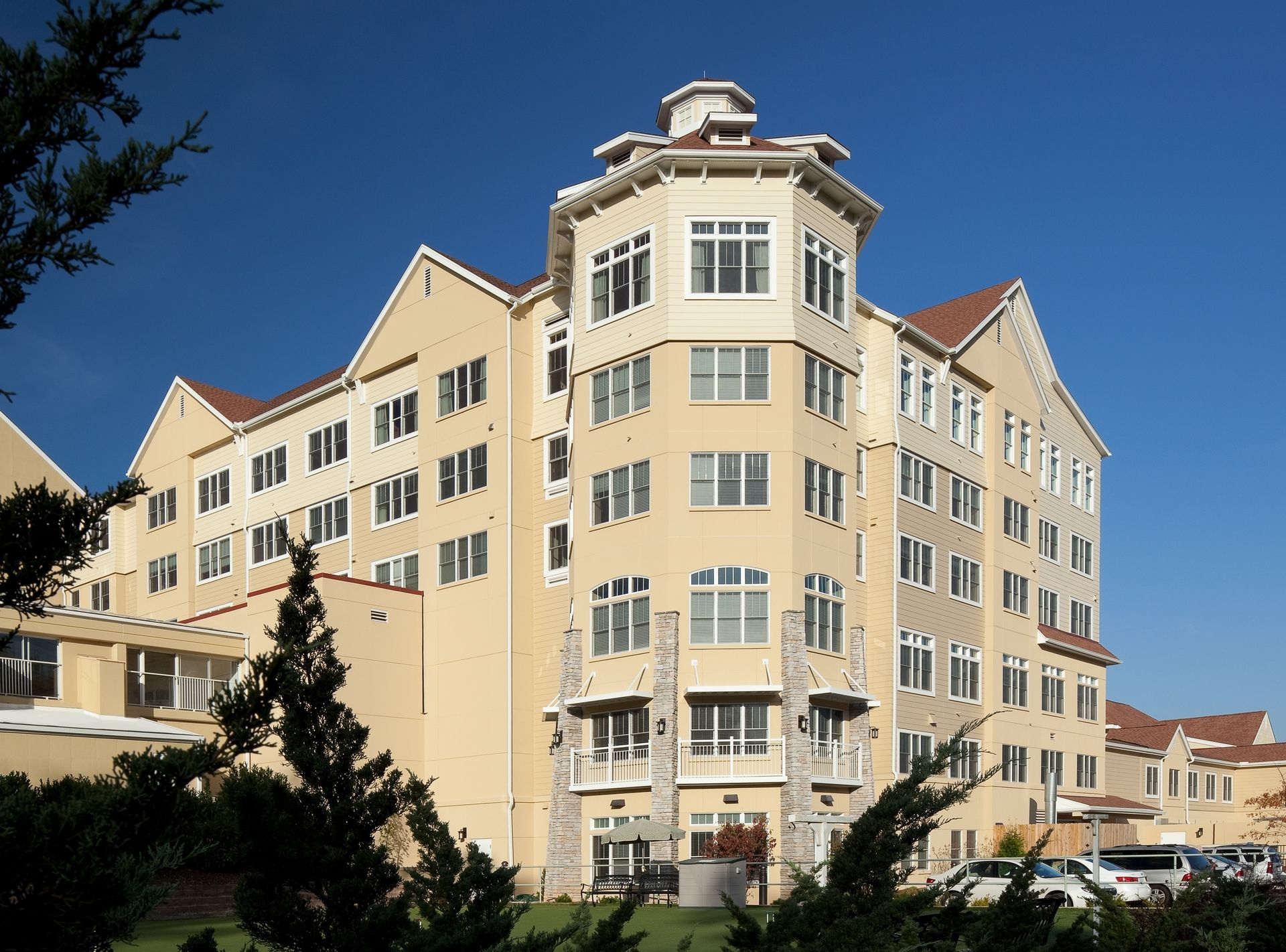 Deerfield Episcopal Retirement Community, Asheville, CCRC Design Senior Living THW Exterior